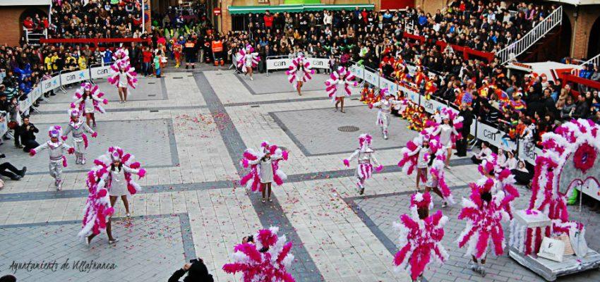 Villafranca se convierte en un gran desfile de Carnaval.