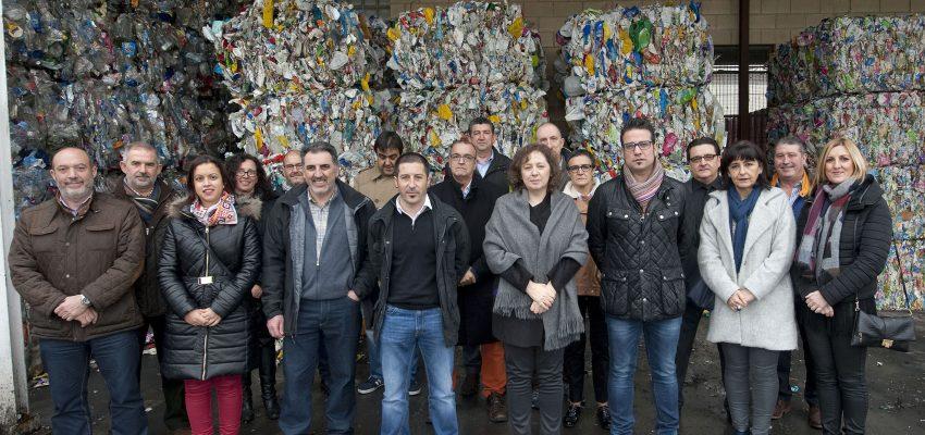 El Consorcio de Residuos de Navarra concentrará el tratamiento de envases en la planta de Moratiel en Peralta