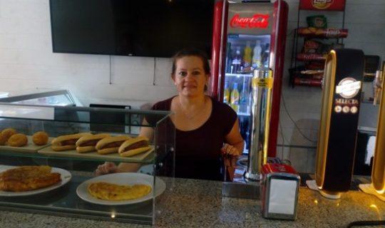 Diana ha cogido el traspaso de un bar en Tudela que llevaba más de 25 años funcionando