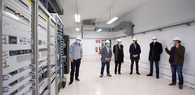 El consejero Cigudosa visita el Centro de Telecomunicaciones de Tudela, que da servicio a 11 localidades